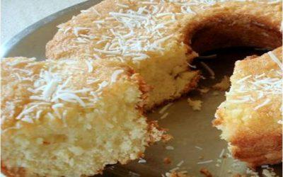Bolo de claras com calda de laranja sem açúcar